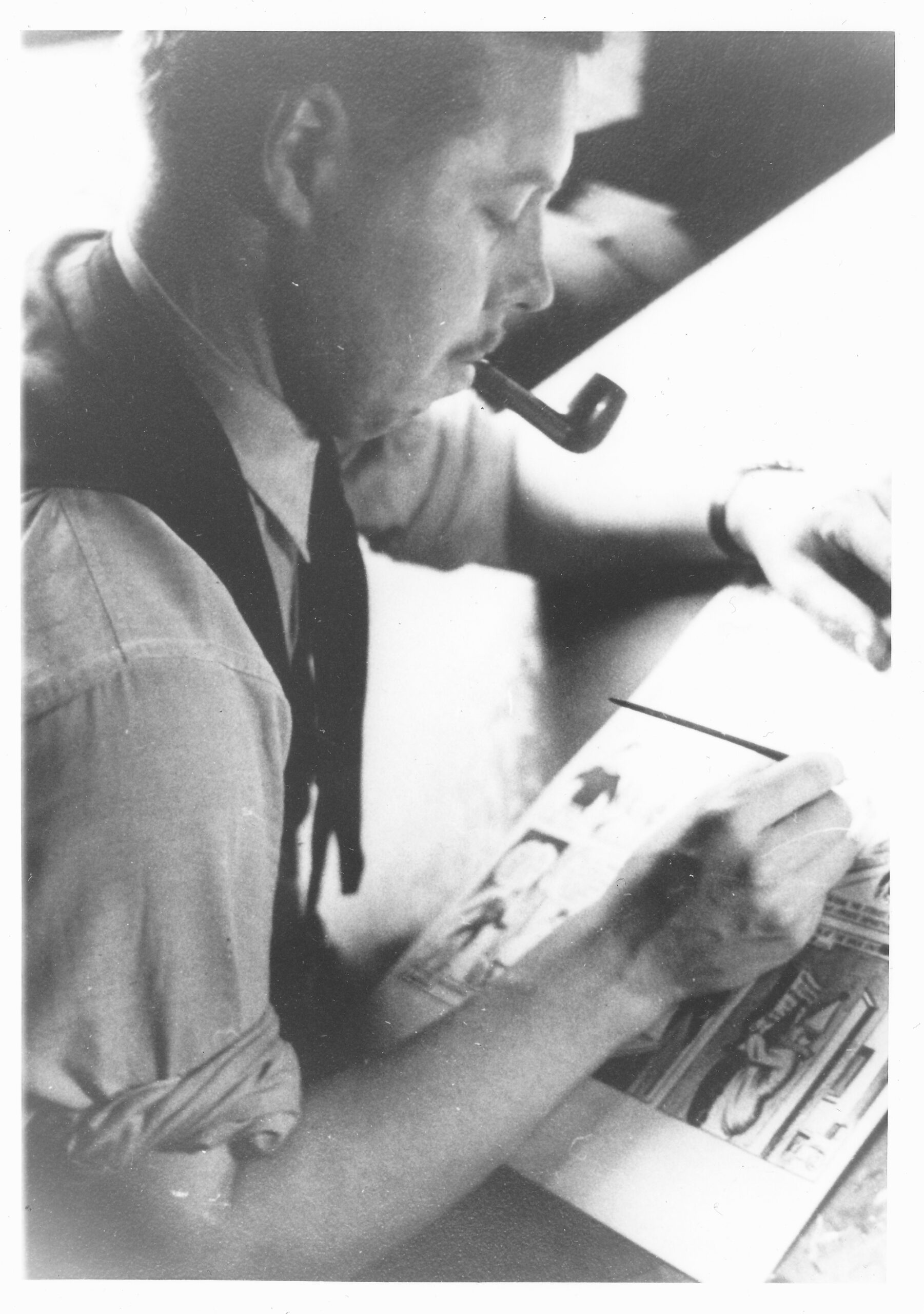 C:\Users\Robert\Documents\CARTOONING ILLUSTRATION ANIMATION\IMAGE OF PERSON\F\FURNESS Ed, in his studio, 1943-44.jpg